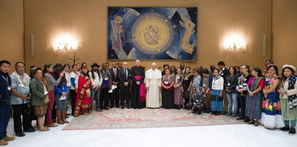 ulai-baya-with-pope-francis-standing-at-ifad-20170215